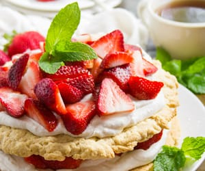 strawberry and yum image