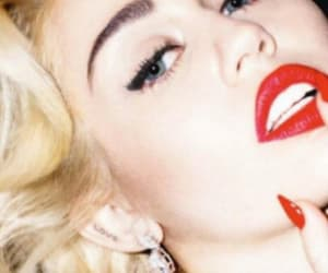 miley cyrus, red lipstick, and photoshoot image