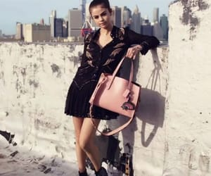 girl, lovely beautiful, and selens gomez image
