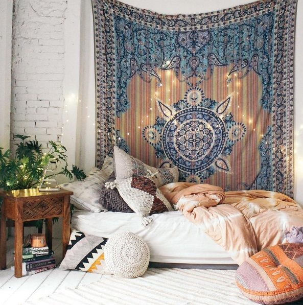 We Heart It & How to make your room look bohemian/Indie? on We Heart It