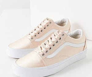 sneakers, zapatos, and tenis image