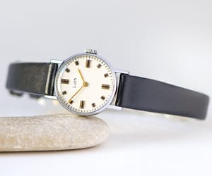 etsy, montre femme, and women watch vintage image
