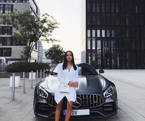 beauty and car image