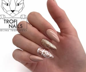 glam, nails, and Nude image