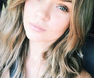 josephine skriver, model, and selfie image