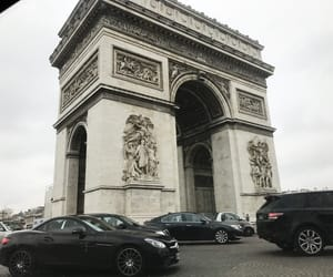 arc de triomphe, car, and city image