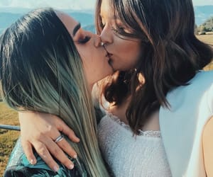 lesbian and love image