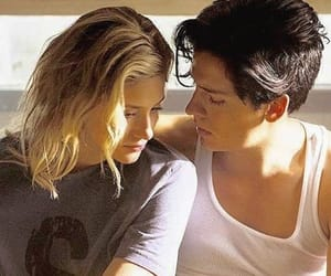 cole sprouse, riverdale, and bughead image