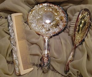 brush, comb, and diamonds image