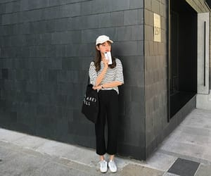 aesthetic, asian fashion, and casual image