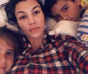 bed, children, and penelope disick image