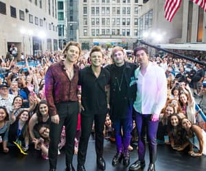concert, new, and today show image