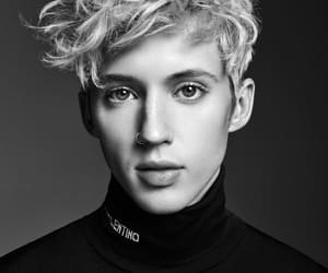 troye sivan, black and white, and boy image