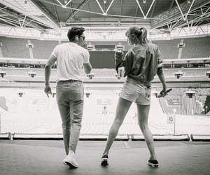 Taylor Swift, niall horan, and singer image