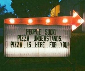 i'm hungry and pizza deserves me image