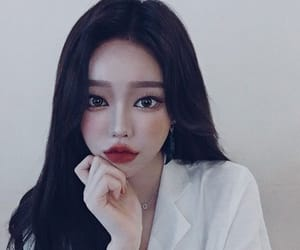 aesthetic, hair, and korean girl image