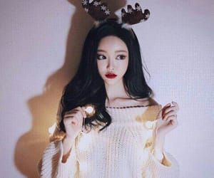 aesthetic, black hair, and christmas image