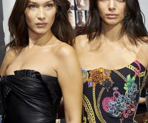 model, Versace, and kendall jenner image