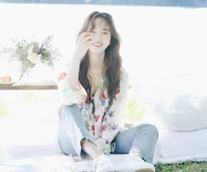 aesthetic, asian girl, and photoshoot image