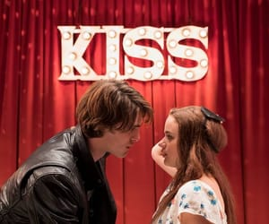 the kissing booth, kiss, and jacob elordi image