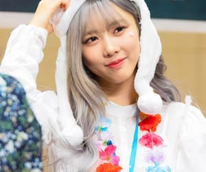 dreamcatcher, you and i era, and yoohyeon image