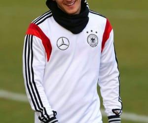 Arsenal, league, and Özil image