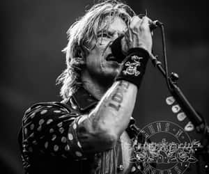 bands, gnr, and Duff image