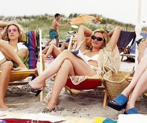 beach, miranda, and SexAndTheCity image