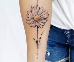 flowertattoo, daisytattoo, and margherita image