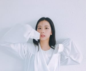 aesthetic, korean, and white image