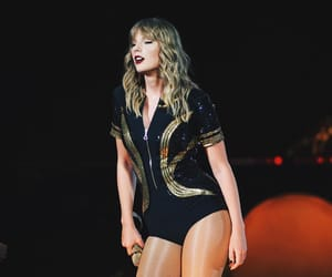 Taylor Swift, taylorswift, and rep tour image