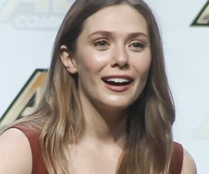 gif, scarlet witch, and wanda maximoff image