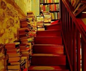 biblioteca, libros, and escaleras image