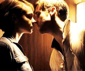 couple, gif, and kiss image