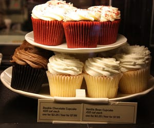 cupcakes and shop image