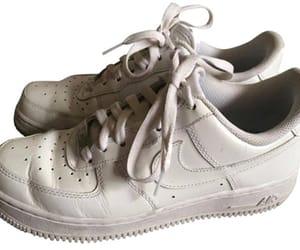 nike, nike sneakers, and white aesthetic image