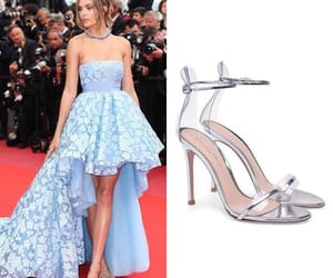 easel, steal her style, and josephine skriver image