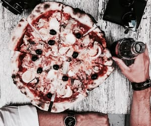pizza, foodporn, and elegance image