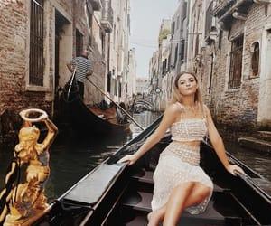 fashion, travel, and kelsey simone image