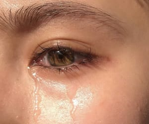 aesthetic, cry, and eyes image