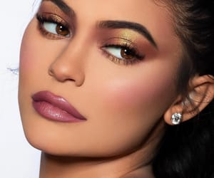 kylie jenner, makeup, and kylie cosmetics image