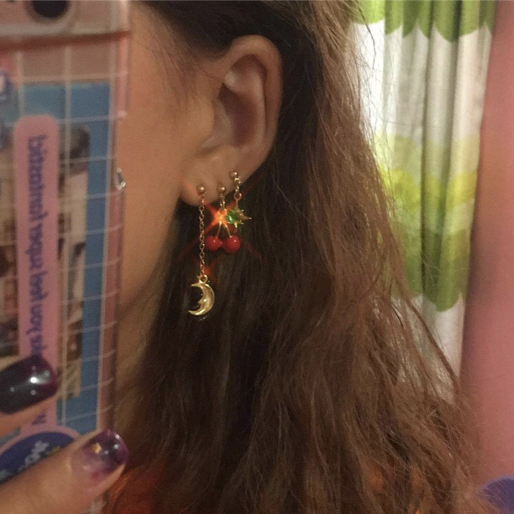 aesthetic, girl, and earrings image