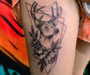 tatto and tatuajes en la pierna image