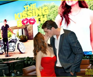 kissing booth and the kissing booth image