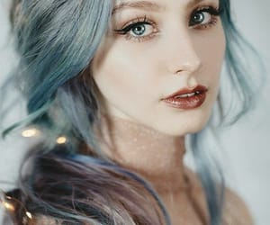 girl color image