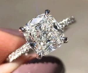 gif and diamond image