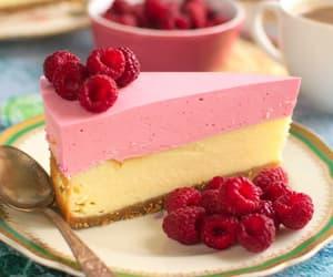 cake, FRUiTS, and raspberries image