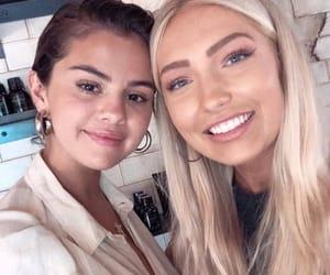 celebrity, hair, and selena gomez image