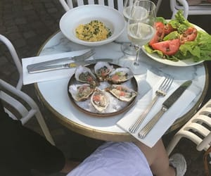 food, queued, and oysters on ice image