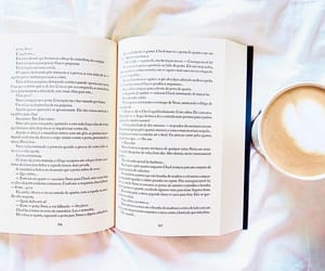 books, livros, and marshmallows image